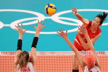 中国女排0比3不敌土耳其队 朱婷被盯死全场仅得4分