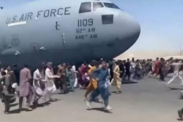 喀布尔机场混乱致至少10死!拜登坚称从阿富汗撤军是正确决定 俄媒称阿富汗总统目前在阿曼