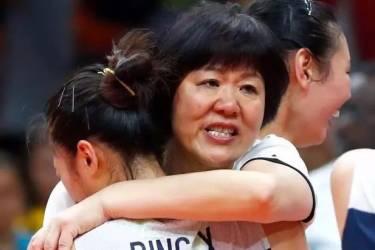 中国女排目前状态,郎平之后谁适合接手主教练?网友说:无可替代